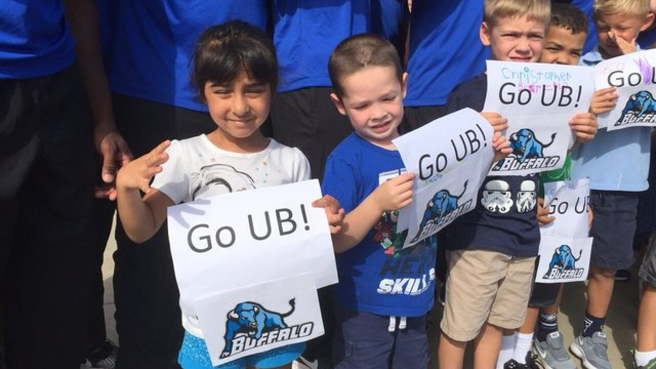 Students hold pep rally for UB Bulls football