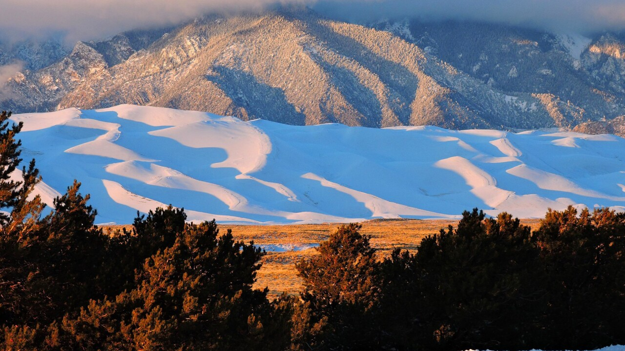 Snow on the Great Sand Dunes National Park and Preserve in Winter (4).jpg