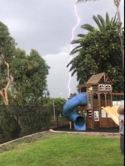 4del cerro lightning.jpg