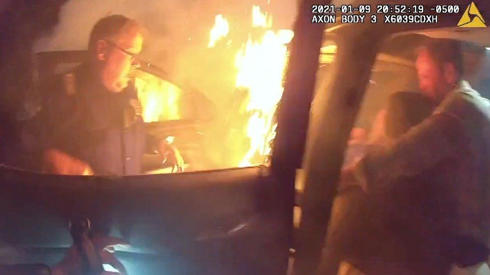 burning car.jfif
