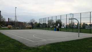 Madison Park Lakewood basketball court