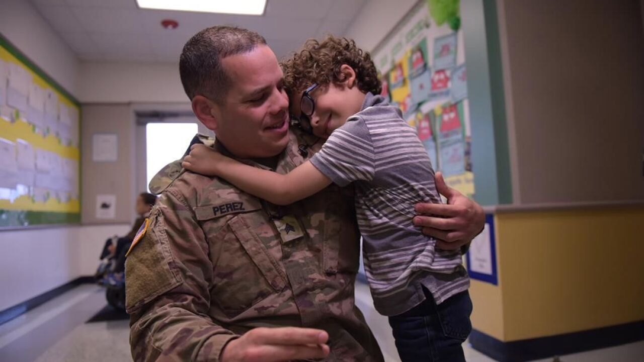 Deployed Fort Hood soldier surprises Killeen kindergartner