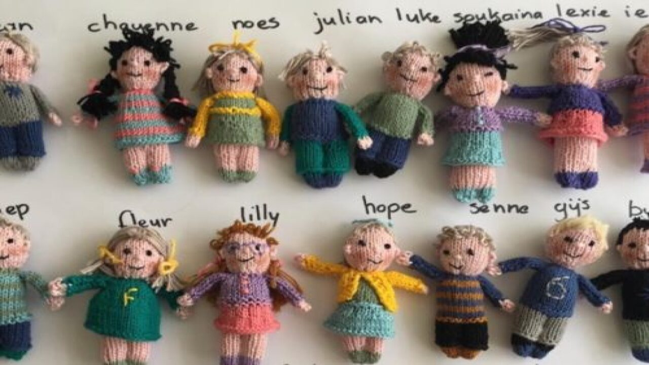 Teacher Knitted Doll Versions Of Every Kid In Her Class Because She Missed Them While School Was Closed