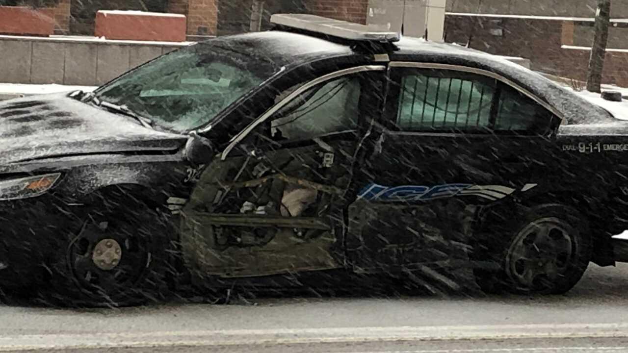 Cleveland police officer hurt crash pursuit