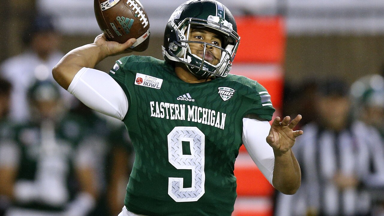Mike Glass helps Eastern Michigan get past Coastal Carolina