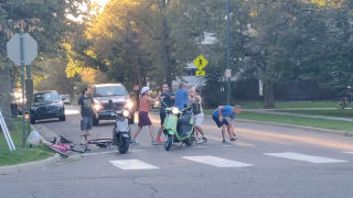 Argument between cyclists, moped riders devolves into punches at Denver park, video shows