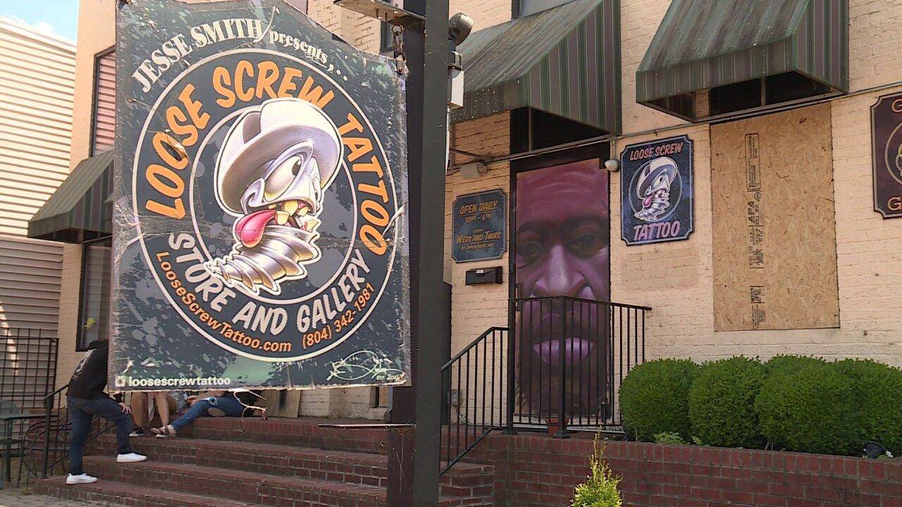 George Floyd Tattoo: Tattoo Shop Owner Paints Mural Honoring George Floyd In