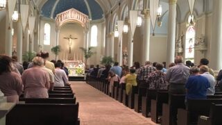 Priest celebrates his last Acadiana mass before heading to Rome