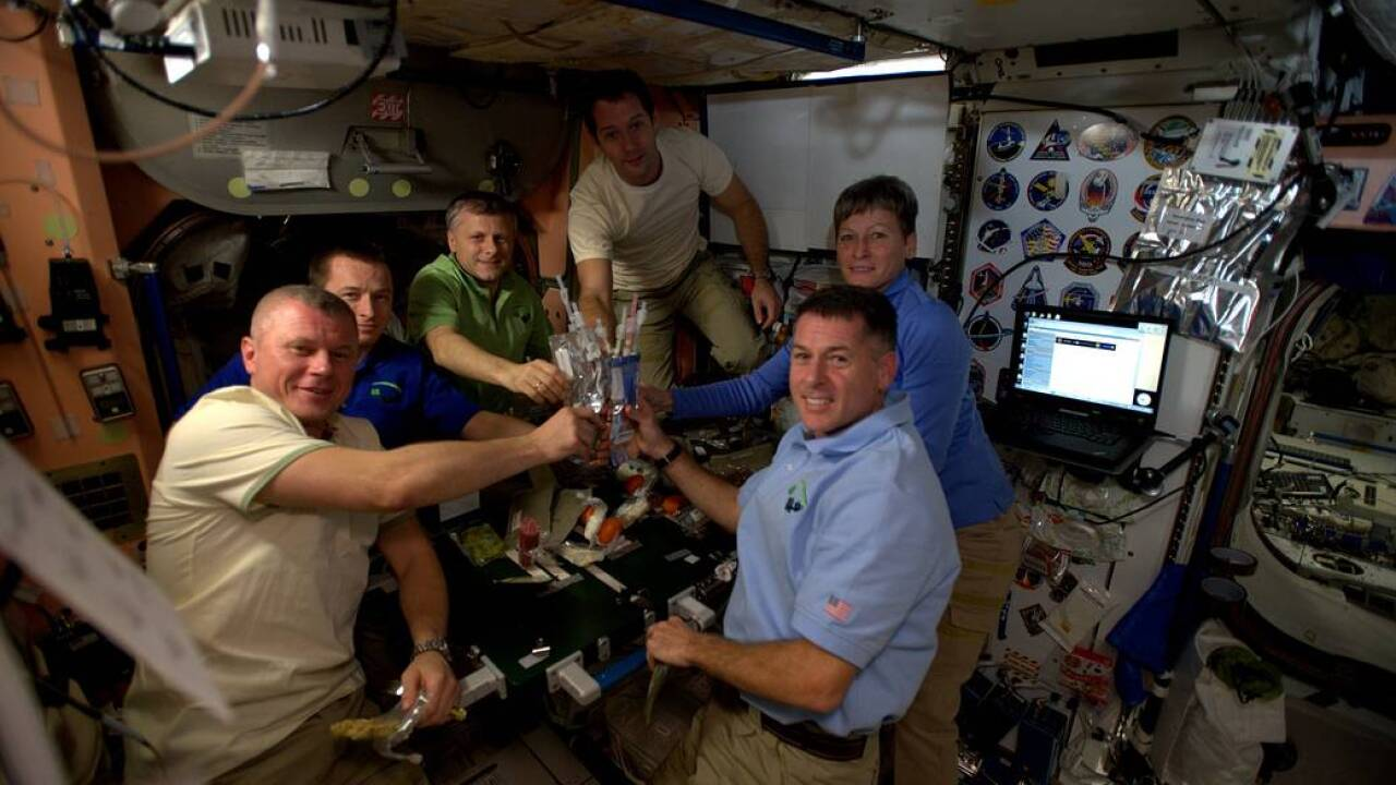 NASA astronauts spend Thanksgiving in space