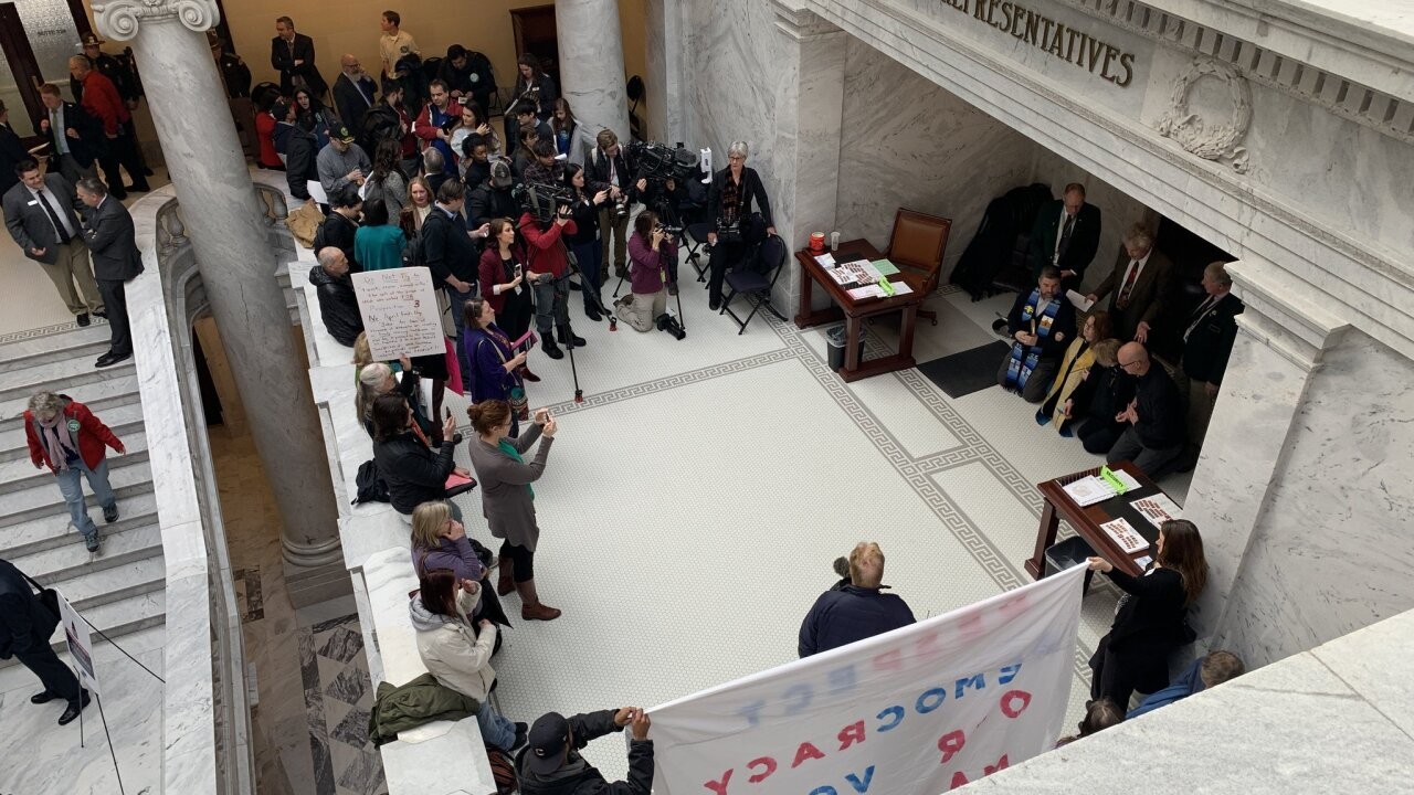 Faith leaders block Utah House chamber in protest of Medicaid expansion replacement