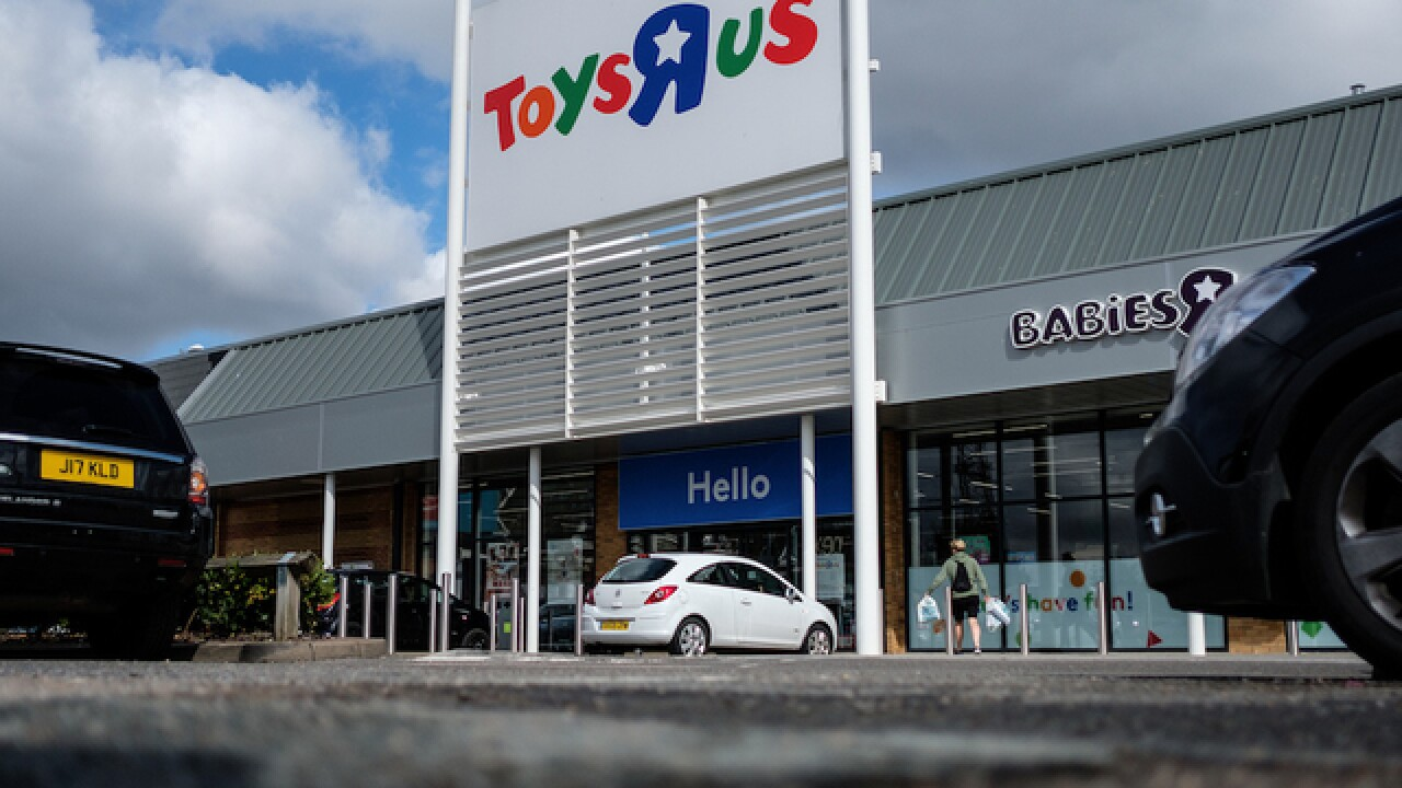Toys R Us liquidation sales to start Friday