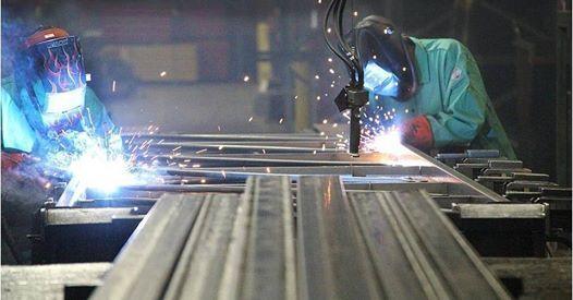Weld apprentices.jpg