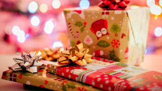 Christmasgifts-packages-christmas-generic.png