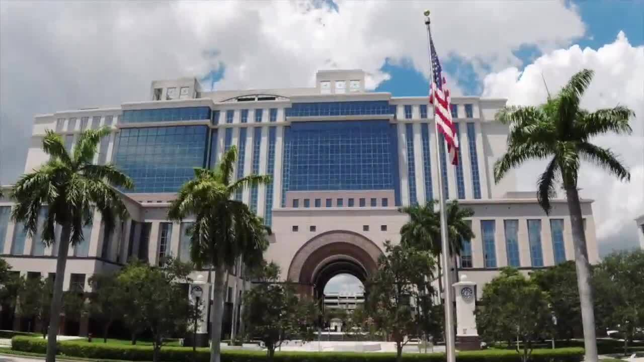 Palm Beach County courthouse hasn't hosted any murder trials since March 2020