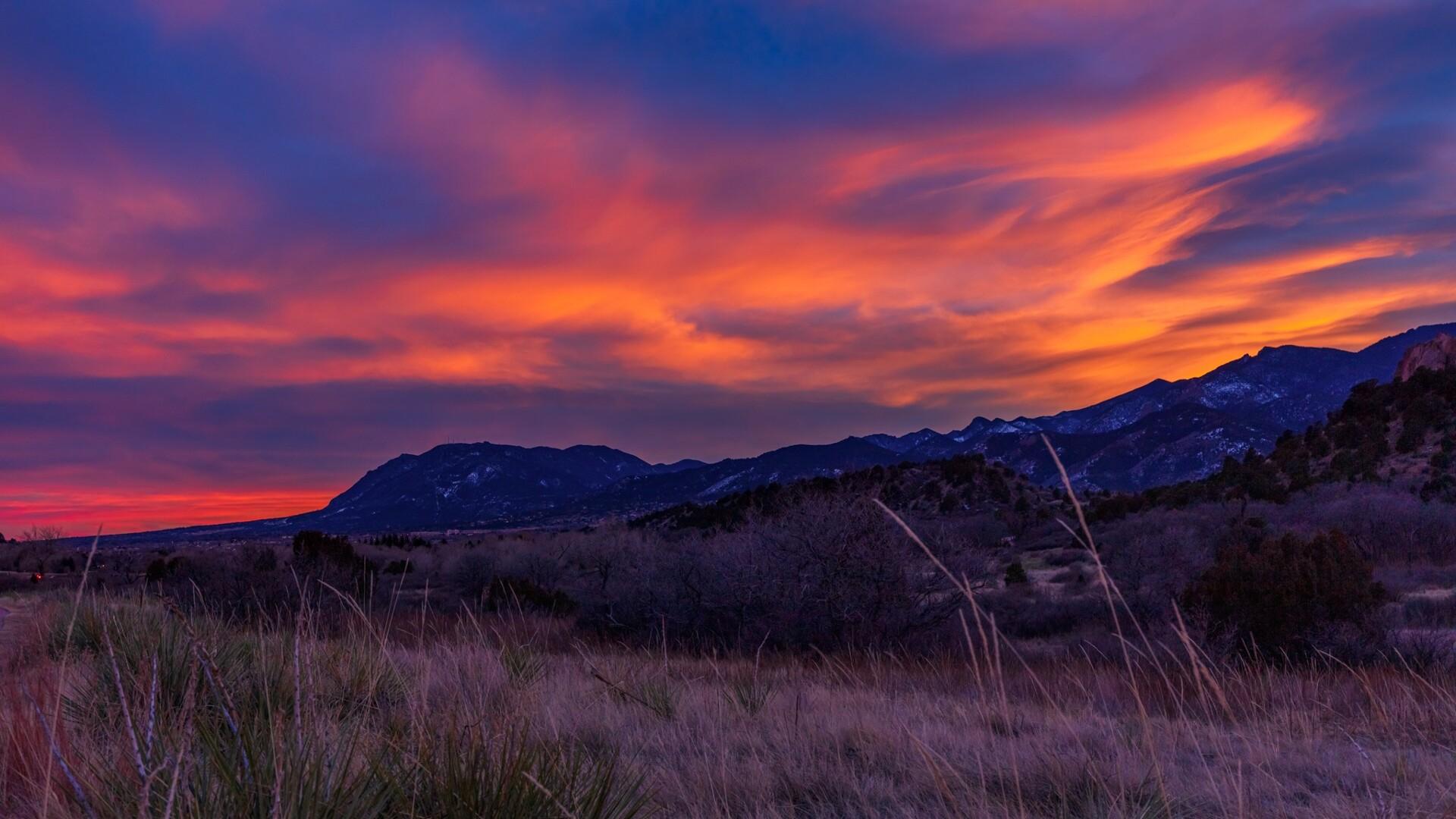 Cheyenne Mountain Sunset Daniel Forster 2.jpg