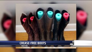 How to keep boots crease-free