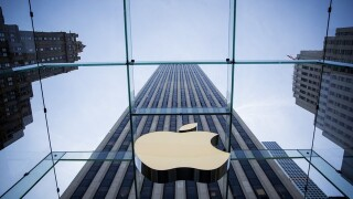 Apple is leading the tech giants as it nears the $1 trillion mark