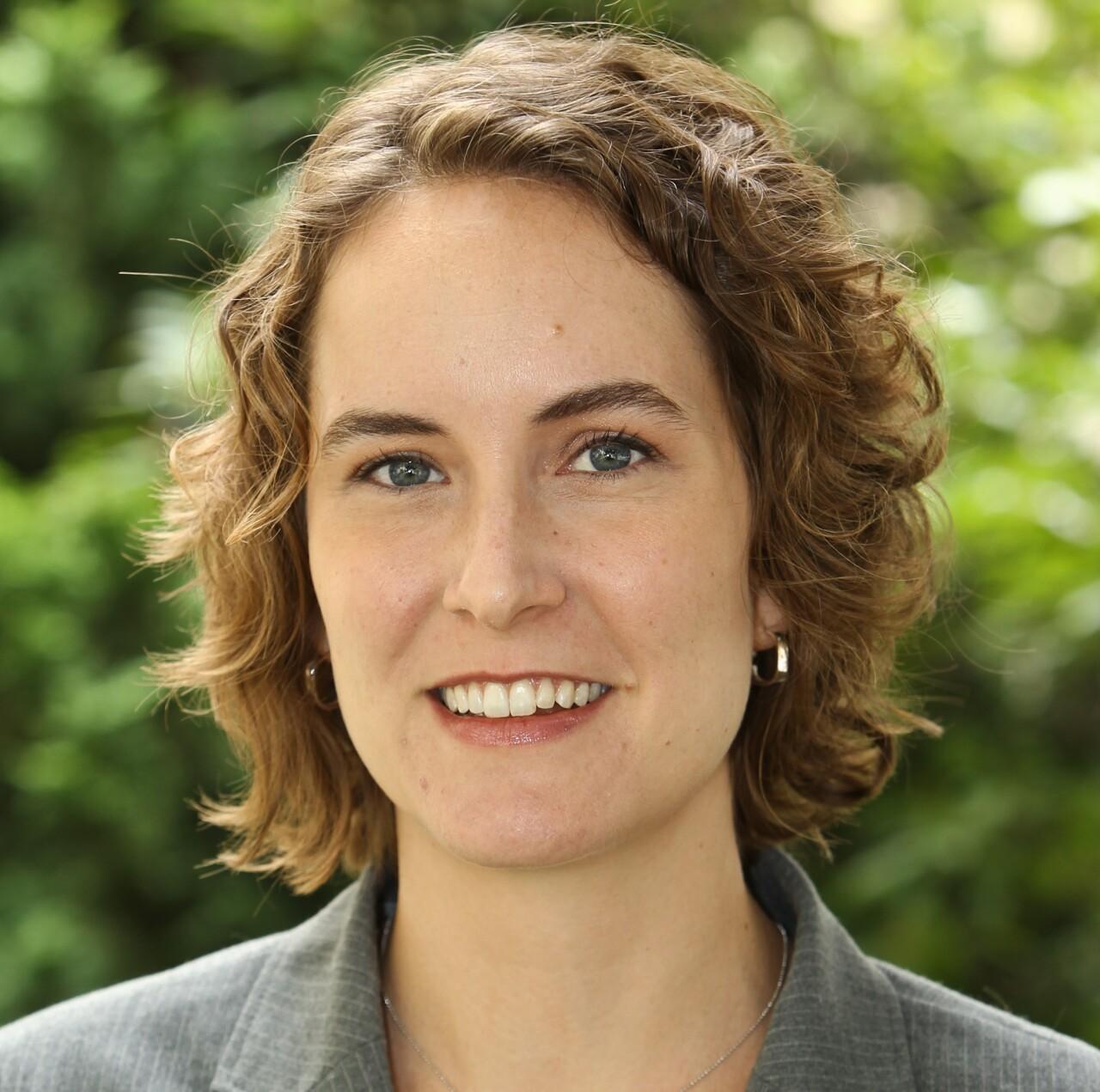 Elizabeth Kneebone researches suburban poverty.