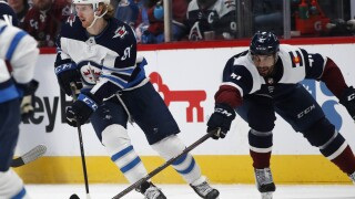 Kyle Connor's hat trick lifts Jets over Avs 7-4