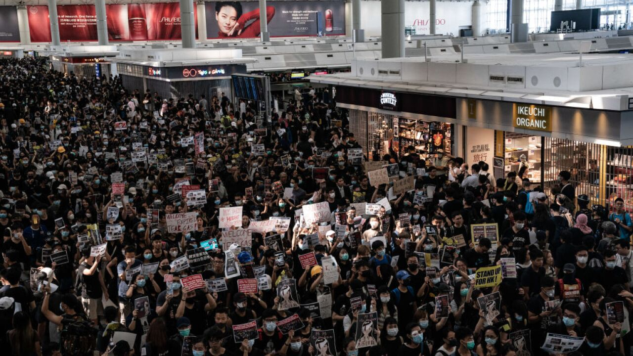 Hong Kong grounds all flights as protest paralyzes airport