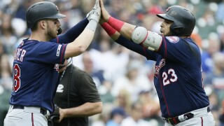 Nelson Cruz homers in 4th straight game, Twins trounce Tigers