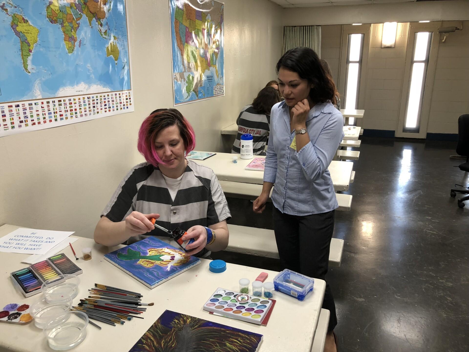 Photos: Women inmates at Norfolk City Jail finish art therapyclass