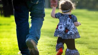 5 ways to spend Father's Day and give back at the same time