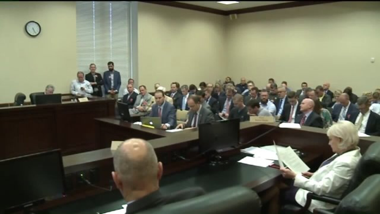 Utah lawmakers debate non-compete agreements, bill advancing to full Senate