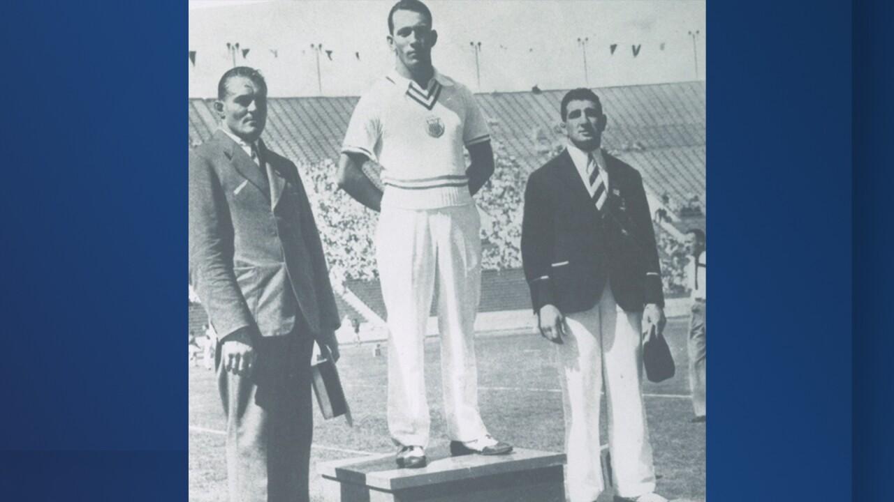 Pete Mehringer Olympic podium.jpg