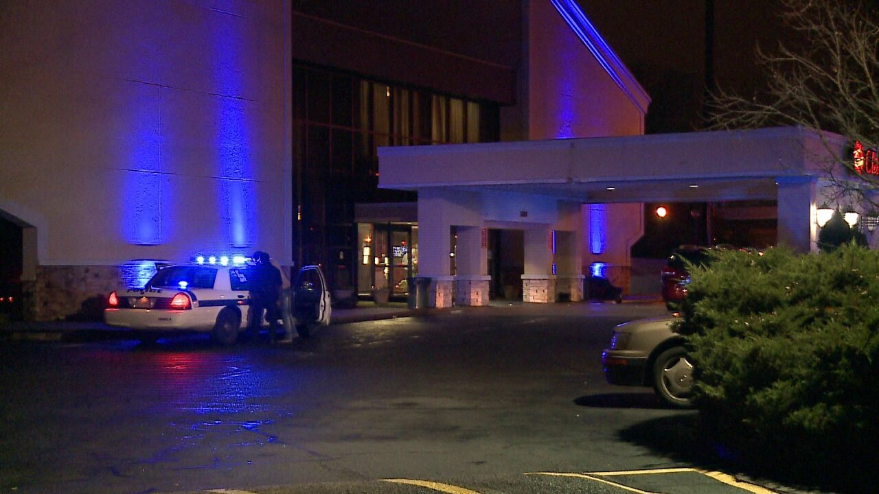 Shots fired outside Richmond hotel as police break up teenparty