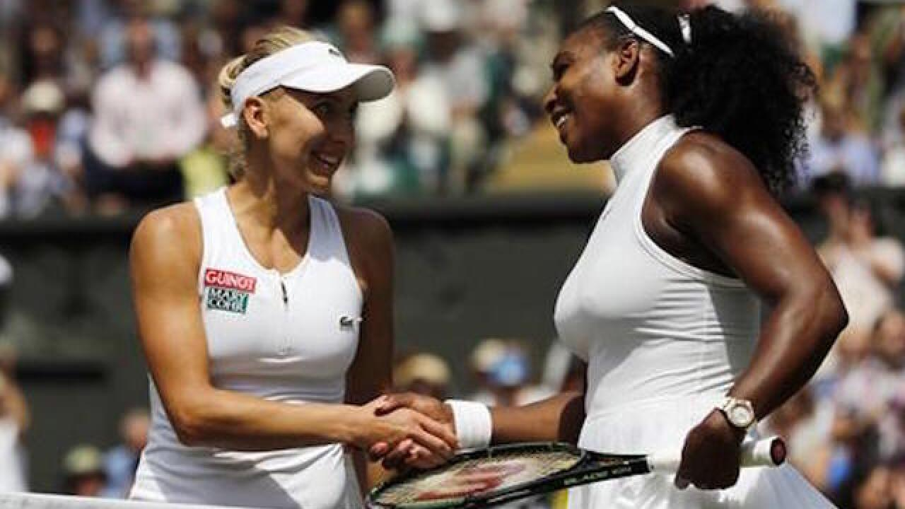Serena Williams advances, but sister Venus falls at Wimbledon