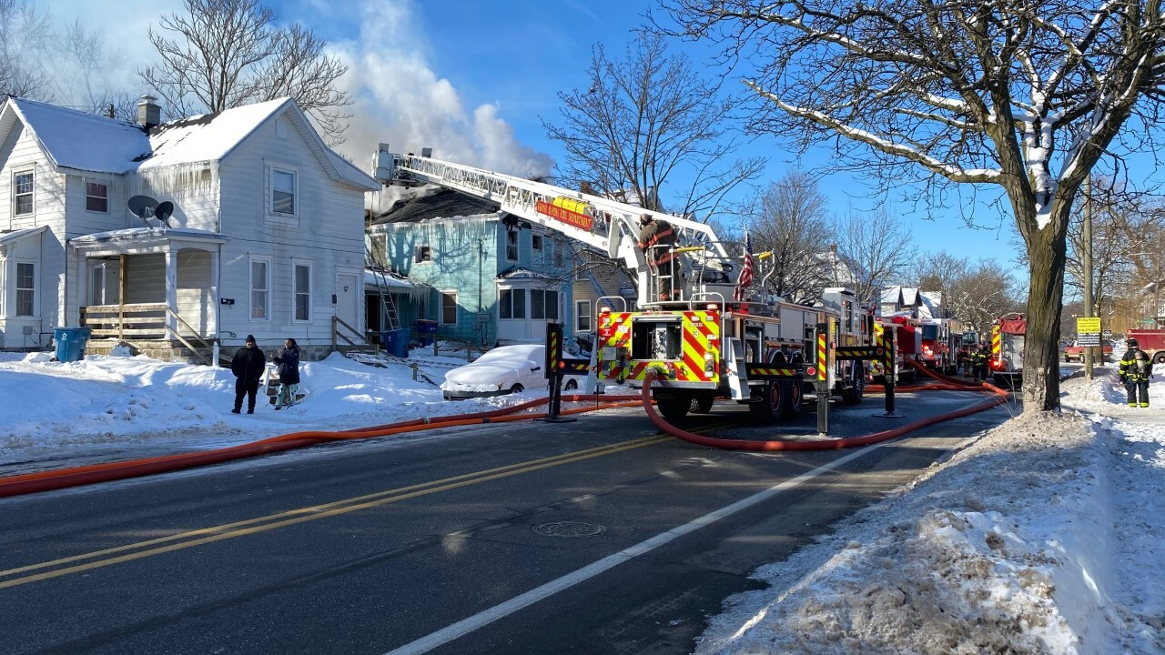 Large house fire burning in GR