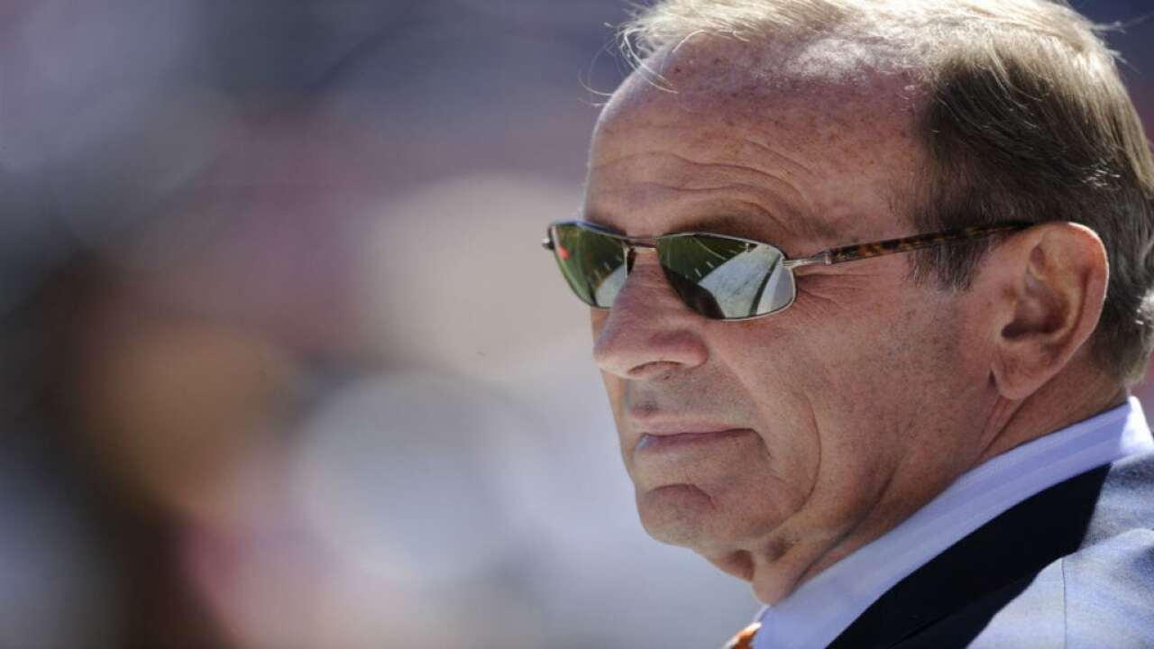 Broncos owner Pat Bowlen dies