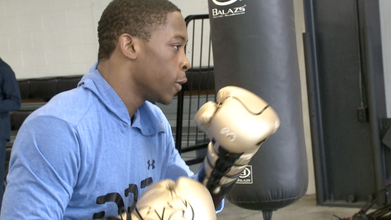 Norfolk boxer Keyshawn Davis named Elite Male Boxer of the Year