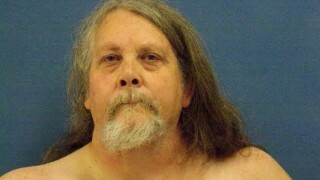 400-pound man pleads guilty to accidentally smothering boy