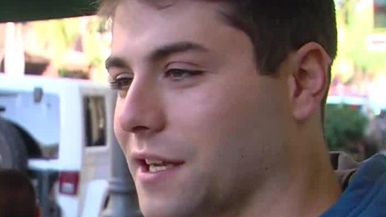 Bystander helps take down Clematis Street stabbing suspect