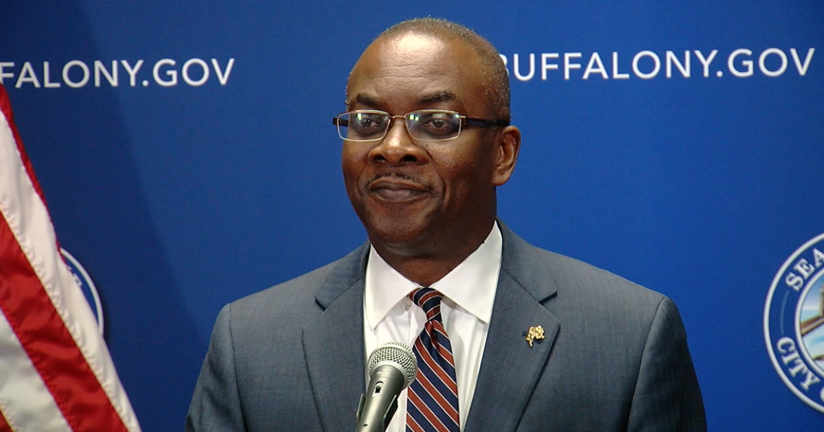 Buffalo Mayor Byron Brown self-isolating following COVID-19 exposure, has not tested positive