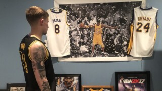 Kobe fan.jpg