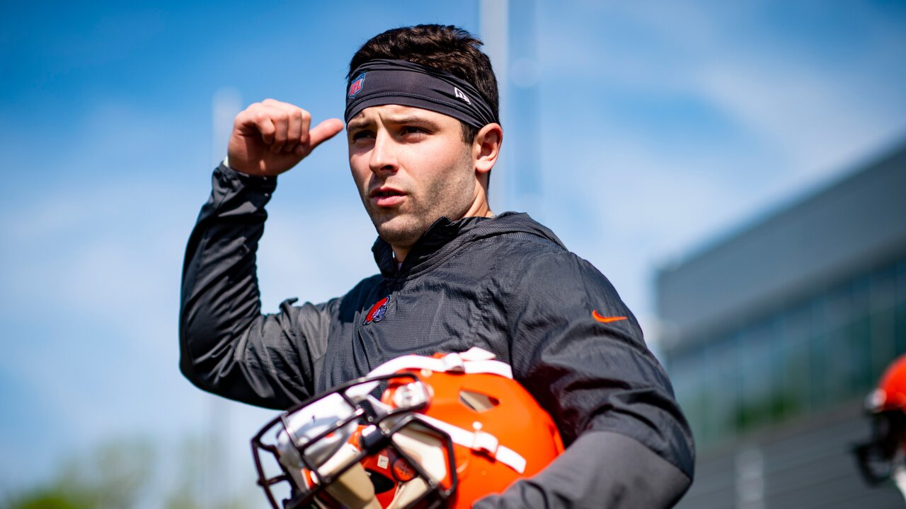 Beardless baker mayfield