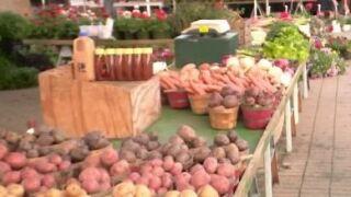 Farmers market file photo.JPG
