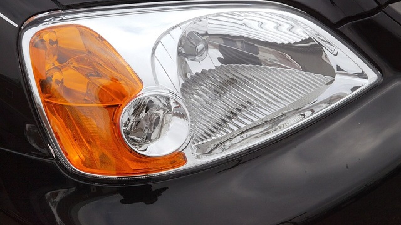 Report: Most small SUVs have lousy headlights