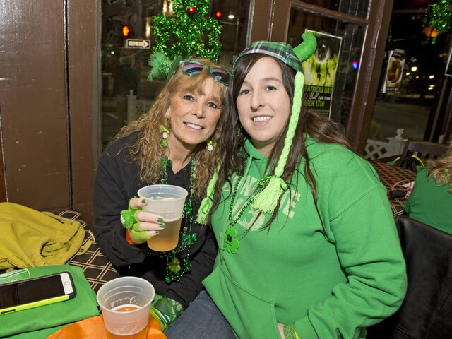 Covington wakes up early to celebrate St. Patrick's Day