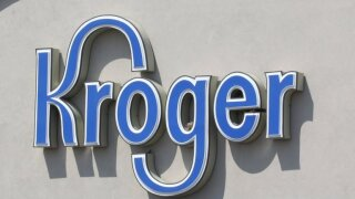 Kroger donates $7500 to reduce student lunch debt for food-insecurestudents