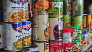Food bank accepting donations for federal employees