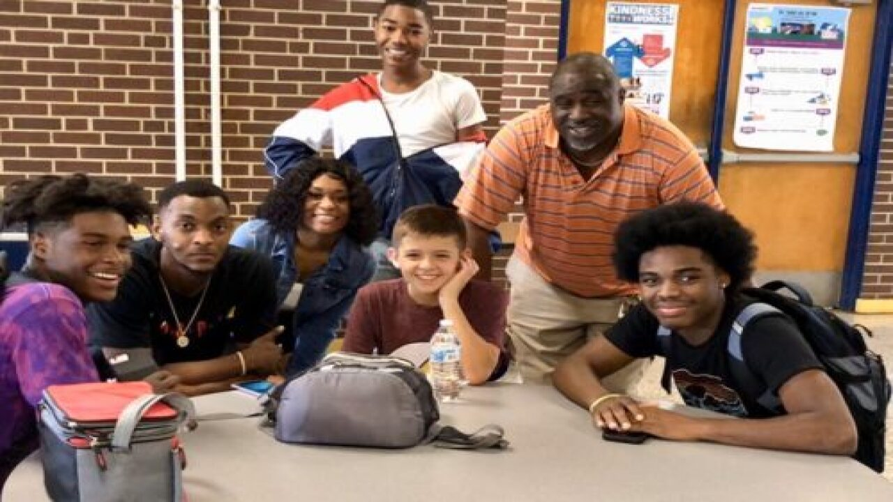 These Upperclassmen Befriended A Freshman After His Terrible First Day Of School And It Went Viral