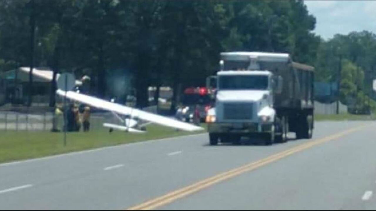 Plane makes emergency landing on Virginia highway