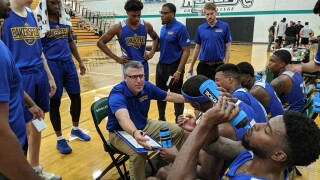 Colorado College names Conarroe ('99) new men's basketball head coach