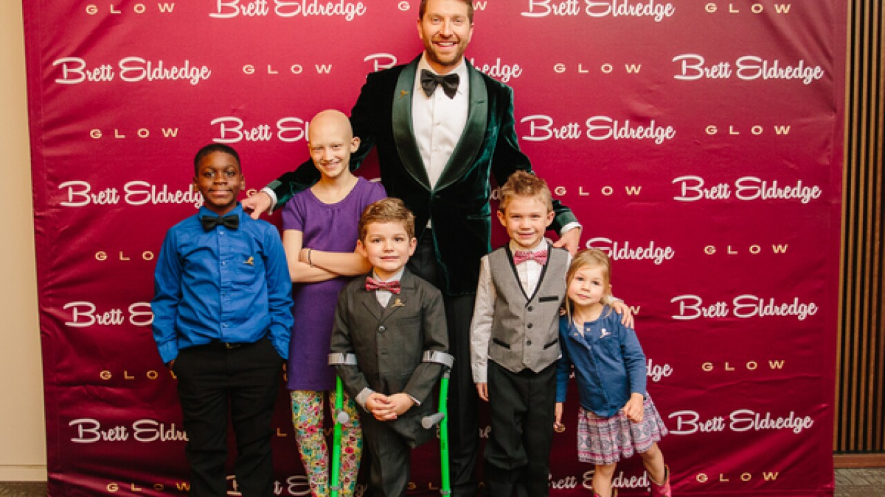 Country singer invites St. Jude kids to concert