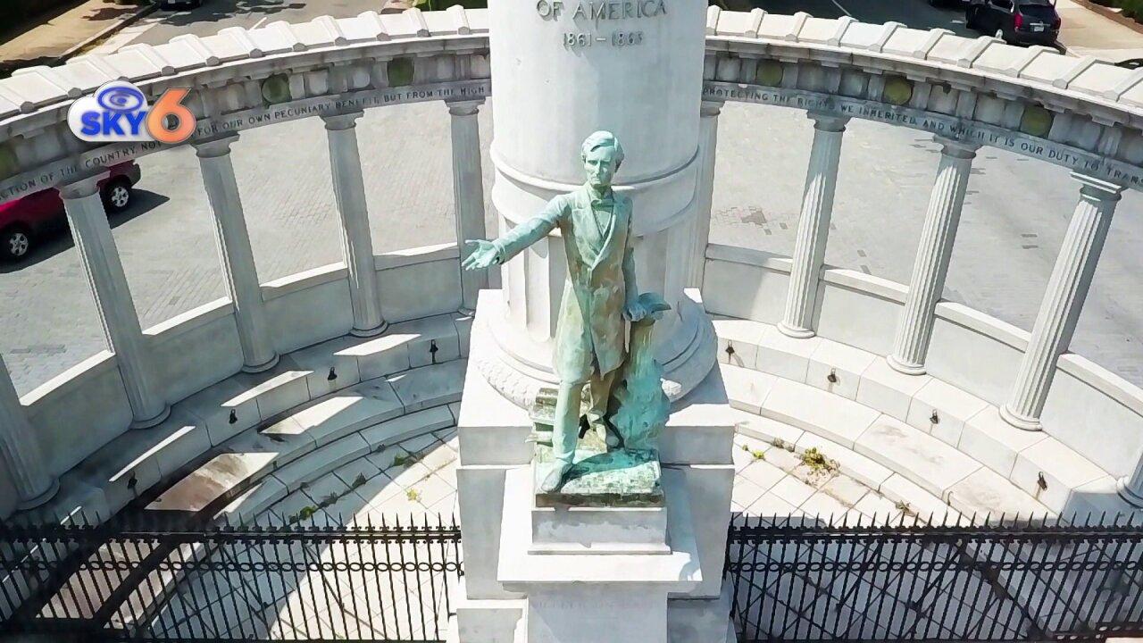 Richmond City Council strikes down resolution seeking control of Confederate statuesfate