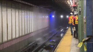 Water main break in Brooklyn snarls subway service